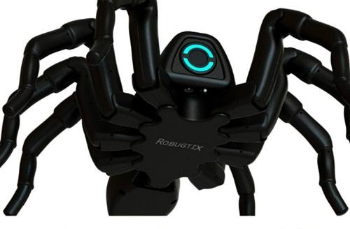 Robot nhện (T8) được làm từ công nghệ in 3D, có hình dáng giống nhện thật. Nó có 26 động cơ khác nhau, trong đó ba động cơ ở mỗi chân và hai động cơ ở bụng