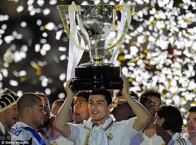 Ronaldo mới chỉ 1 lần nâng chức vô địch La Liga do mùa này Real trắng tay.