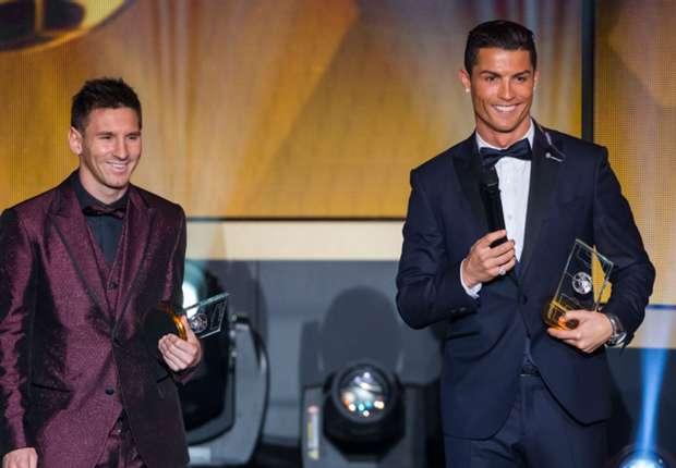 Messi và Ronaldo thống trị cuộc đua tới danh hiệu cá nhân cao quý nhất Quả bóng vàng FIFA nhiều năm qua.