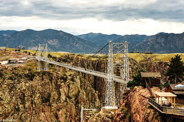 Cầu bắc qua vực sâu Royal Gorge, Colorado