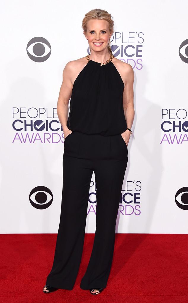 Monica Potter diện bộ jumpsuit đen