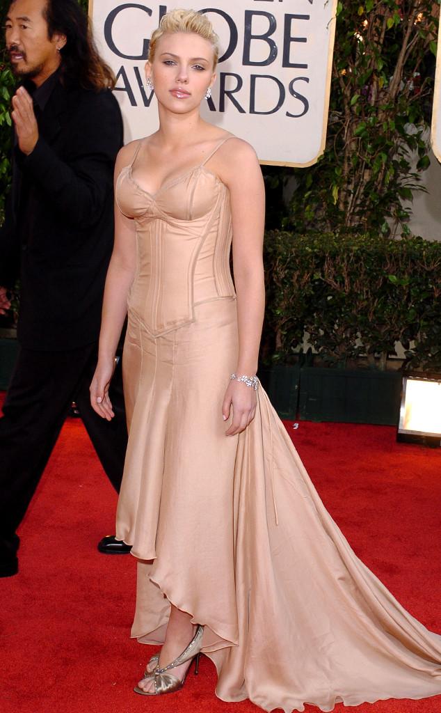 Cô đào nóng bỏng Scarlett Johansson cũng mắc phải một sai lầm nghiêm trọng khi diện bộ đồ ngủ tới lễ trao giải Quả Cầu Vàng