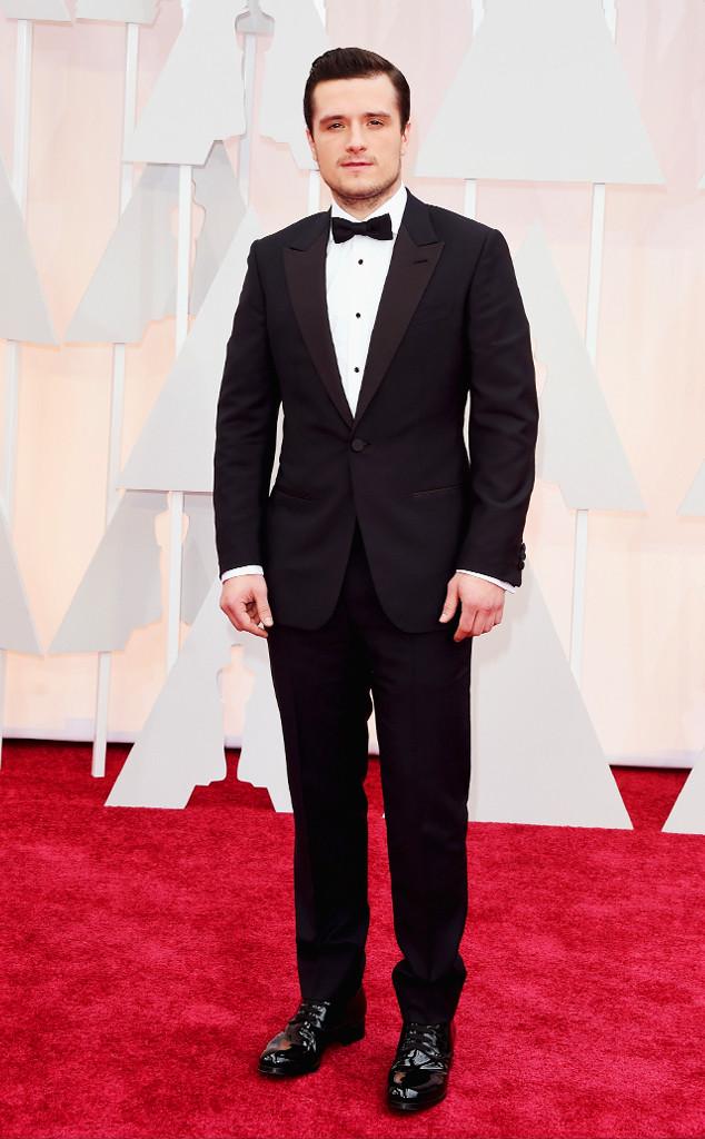 Chàng Peeta của Hunger Games - nam diễn viên Josh Hutcherson khiến các fan nữ mê mẩn với ánh nhìn quyến rũ