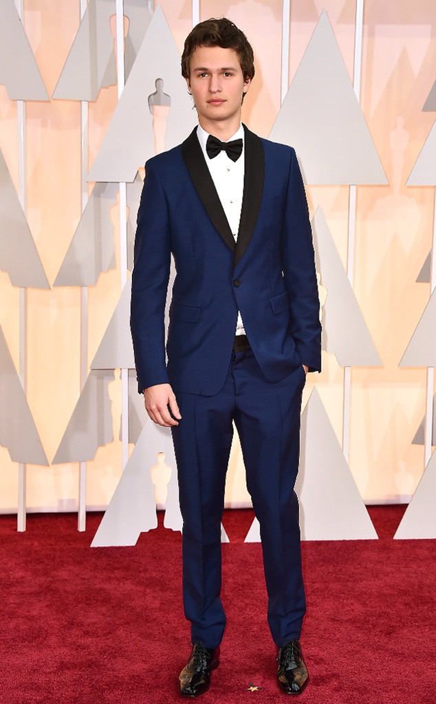 Nam diễn viên trẻ được yêu thích - Ansel Elgort trong trang phục của thương hiệu Prada