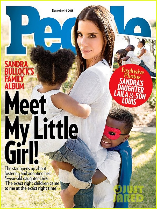 3 mẹ con Sandra Bullock trên trang bìa tạp chí People tháng 12/2015.