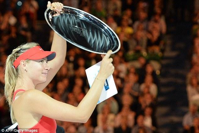 Masha chấp nhận ngôi Á quân và trận thua thứ 16 liên tiếp trước Serena.
