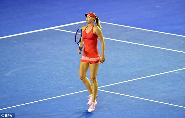 Cô tỏ ra lép vế so với đối thủ và chấp nhận thua trong set 1 với tỉ số 3-6.