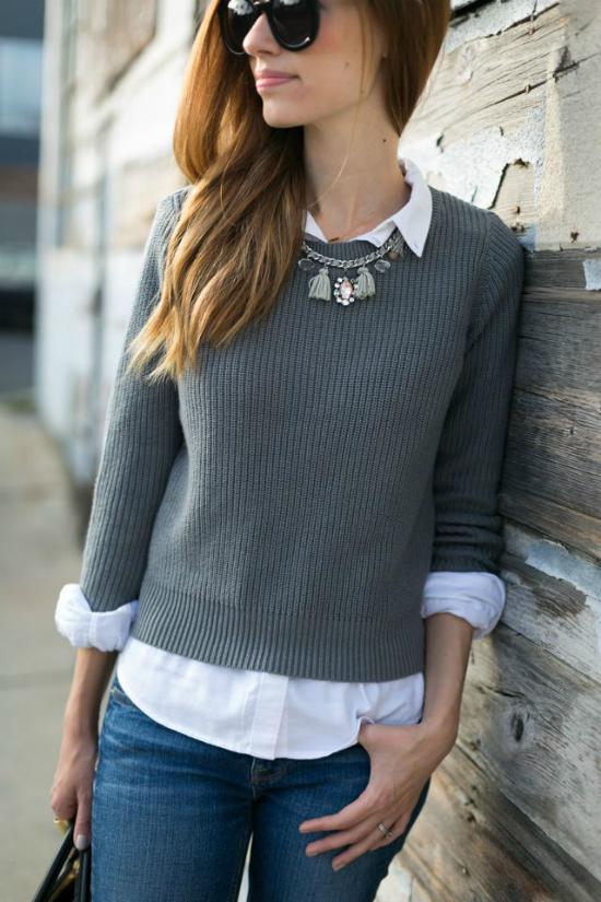 Sơ mi còn dễ đi kèm cùng áo nỉ hoặc len mỏng dài tay.