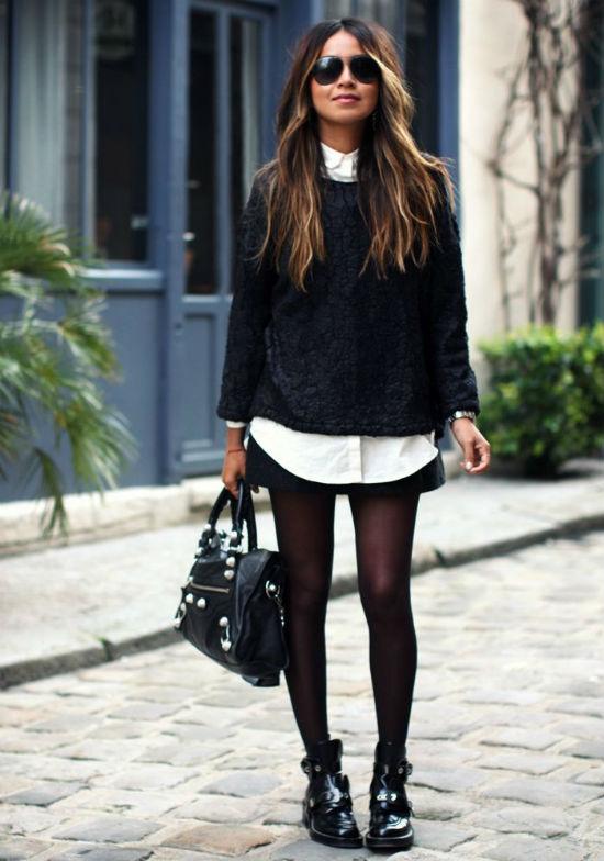 Bạn đừng quên thử kết hợp cùng áo nỉ dài tay và váy ngắn.