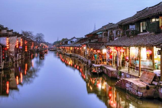 Nếu đang du lịch Thượng Hải, cổ trấn Tây Đường là điểm đến bạn không nên bỏ qua. (Ảnh: Applebeesatpeartree)