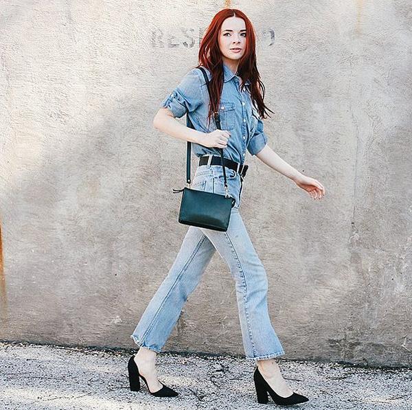 Tự tạo cho mình phong cách năng động, khỏe khoắn với trang phục denim đồng bộ.