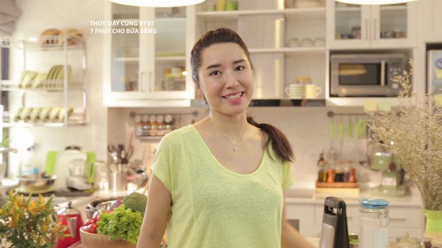 Doanh nhân 8X Đào Chi Anh là người dẫn của 7 phút cho bữa sáng