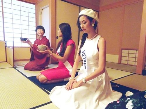 Thúy Vân trong quá trình dự thi ở Nhật