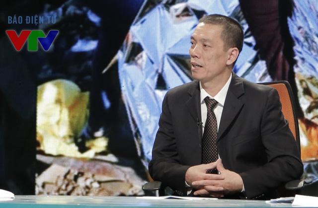 TS Đỗ Sơn Hải trong chương trình Toàn cảnh thế giới số cuối cùng của năm 2015.
