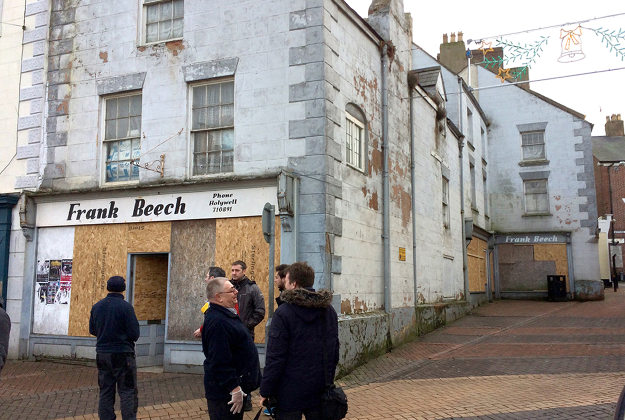 Mặt tiền cửa hàng Frank Beech nay đã đóng cửa.