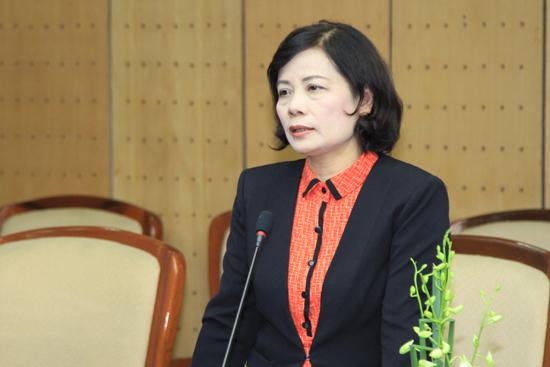 Bà Nguyễn Thúy Cầm, Chủ tịch Quỹ Tấm lòng Việt