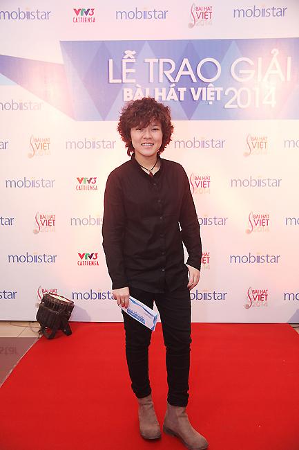 Nữ tác giả trẻ gây chú ý của Bài hát Việt 2014 - tác giả Tiên Tiên. Ca khúc Sài Gòn nhớ của Tiên Tiên đã lọt vào danh sách 15 ca khúc xuất sắc của Bài hát Việt Chung kết.
