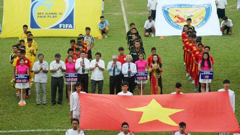 Lễ khai mạc VCKU17 Quốc gia Báo bóng đá - Cúp Thái Sơn Nam 2015