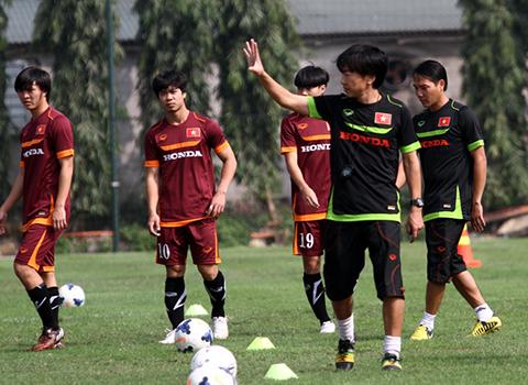 HLV Miura rất biết cách nhìn người và sử dụng hợp lí những nhân tố có trong đội hình.