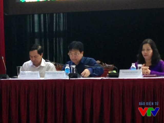Thứ trưởng Bộ Văn hóa, Thể thao, Du lịch Vương Duy Biên cùng lãnh đạo tỉnh Thái Nguyên chủ trì cuộc họp báo