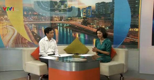 TS. Mai Văn Trinh, Cục trưởng Cục Khảo thí và kiểm định chất lượng giáo dục tại trường quay chương trình Cuộc sống thường ngày (VTV News)