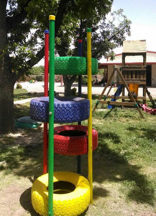 Hay tận dụng làm vật dụng để trẻ nhỏ chơi trong vườn nhà.