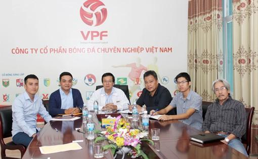 VPF làm việc với công ty bảo hiểm vào sáng nay (4/11) (Ảnh: VTC)