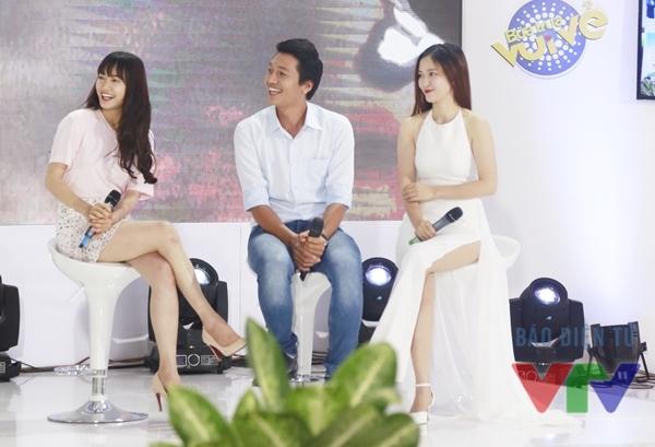 Ba khách mời (từ trái sang) Nhã Phương, Quang Tuấn và Đinh Hương