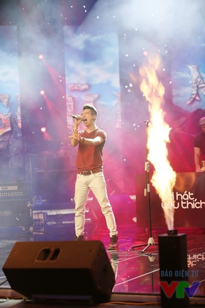 Ban nhạc Ngũ Cung trình diễn ca khúc Cao nguyên đá