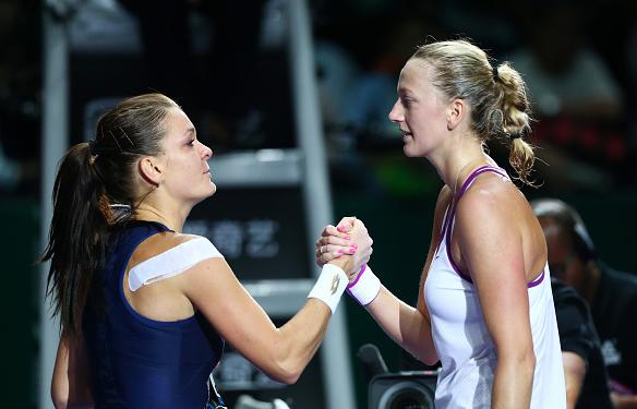 Radwanska tiếp tục gây bất ngờ trước Kvitova