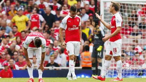 Arsenal khởi đầu mùa giải mới theo cách không thể mong manh hơn