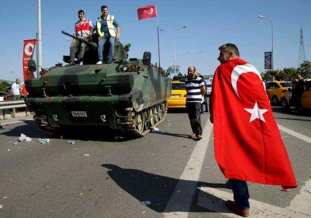 Cuộc đảo chính quân sự tại đây bị coi là vết đen trong nền dân chủ Thổ Nhĩ Kỳ. Những dấu vết của vụ việc vẫn tồn tại trên đường phố.