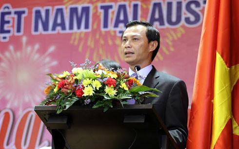 Đại sứ Việt Nam tại Australia - Lương Thanh Nghị phát biểu ý kiến