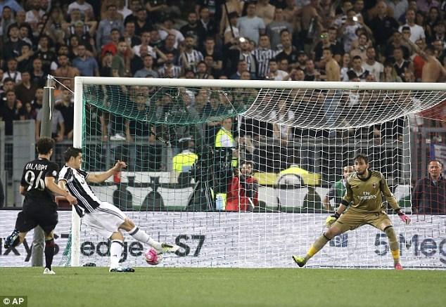 Morata ghi bàn duy nhất trong trận chung kết Cúp quốc gia Italia. Ảnh: AP