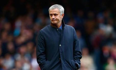 HLV Mourinho chưa tìm được bến đỗ mới