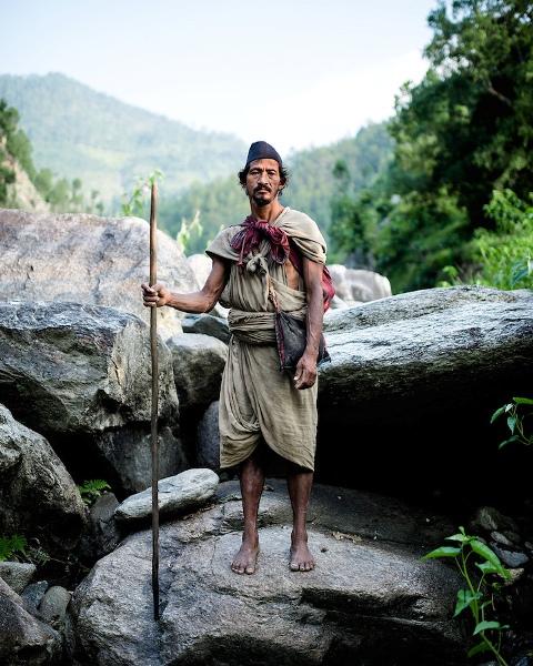 Người dân bộ tộc Raute được coi là bộ tộc săn bắn hái lượm cuối cùng trên trái đất.