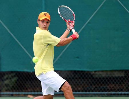 Tay vợt Việt kiều Vũ Artem được triệu tập lên đội tuyển