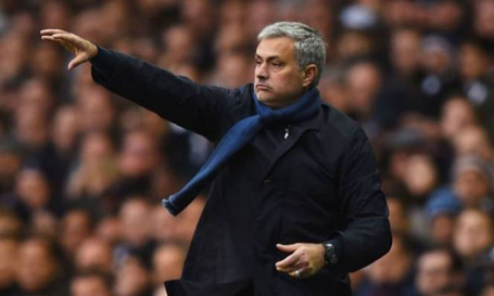HLV Mourinho sẽ tới giúp MU?