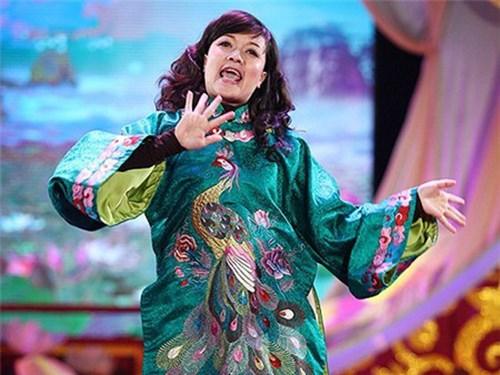 Vân Dung là gương mặt quen thuộc của chương trình Gặp nhau cuối năm.