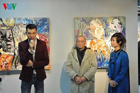 Ban tổ chức Tết Art phát biểu tại lễ khai mạc.