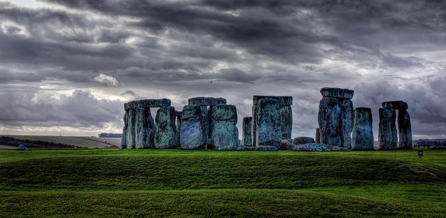 Đó là những nơi ghi dấu ấn của kiến trúc và văn hóa cổ xưa. Chìm đắm vào nó và ngạc nhiên về những điều kì diệu đã xảy ra từ bao nhiêu năm trước và hình dung xem thế giới lúc đó như thế nào, trước khi bạn được sinh ra.