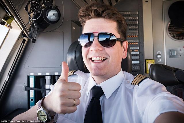 Chân dung phi công Gottwald với 7 năm kinh nghiệm trong các chuyến bay thương mại.