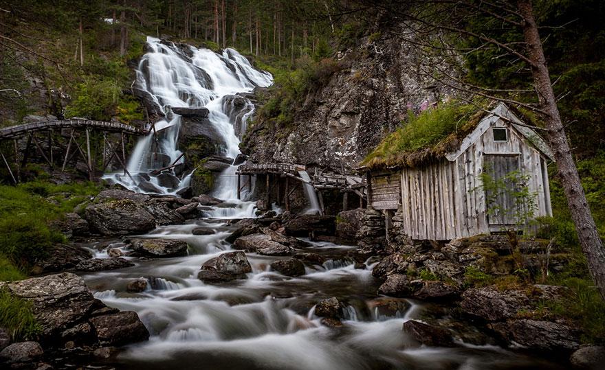 Thác nước Kvednafossen, Na uy