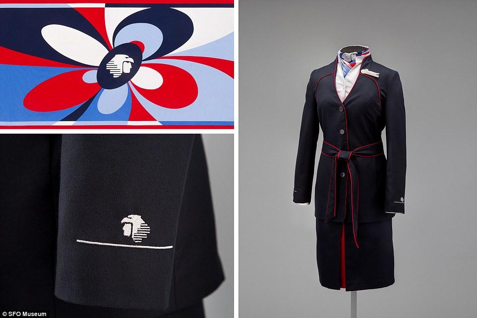 Macario Jimenez, nhà thiết kế người Mexico, tạo nên mẫu trang phục tiếp viên nữ dành cho Aeromexico vào năm 2008.