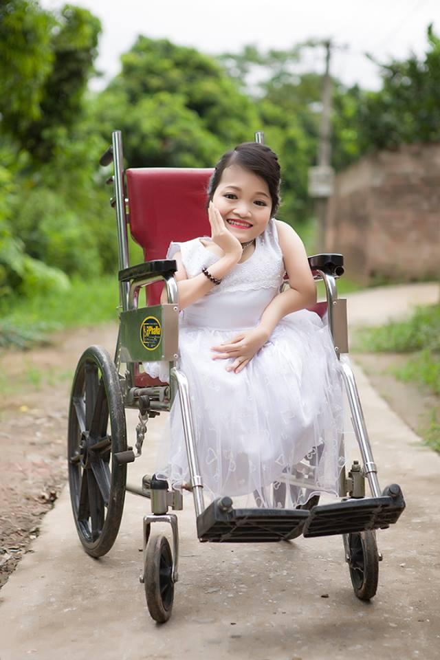 Chương trình Hôm nay ai đến đã giúp chị Nguyễn Thị Hiền thực hiện mong muốn có một bộ ảnh đẹp để làm kỷ niệm.