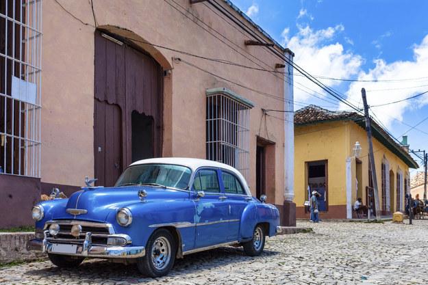 Cấm vận của Mỹ dành Cuba đã được dỡ bỏ, cả thế giới đang nhìn thấy sự gia tăng mạnh mẽ về du lịch của Cuba. Vì vậy, bạn nên ngay lập tức thưởng thức hương vị của đất nước Nam Mỹ đầy quyến rũ này.