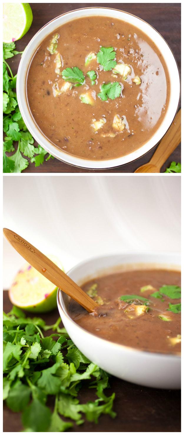 Súp đậu đen và khoai tây