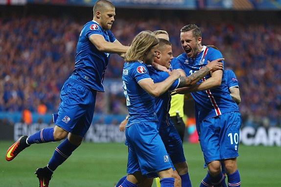 ĐT Iceland đã gây ấn tượng mạnh tại EURO 2016. Ảnh: UEFA