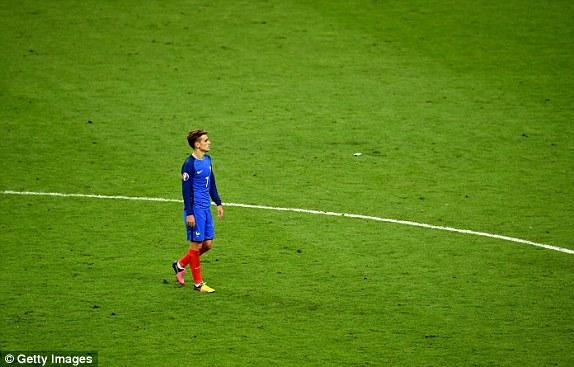 Nỗi buồn của Griezmann khi anh không thể đăng quang ở giải đấu chói sáng của mình