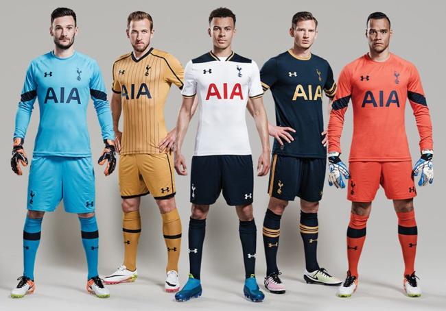 Đây là cả 3 mẫu áo đấu chính thức của Tottenham ở mùa giải tới.